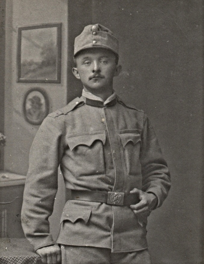 Jaromír Baše 1 uniforma.jpg