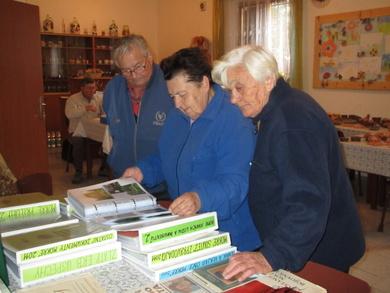 Výstava kroniky roku 2011 dne 12.10.2012
